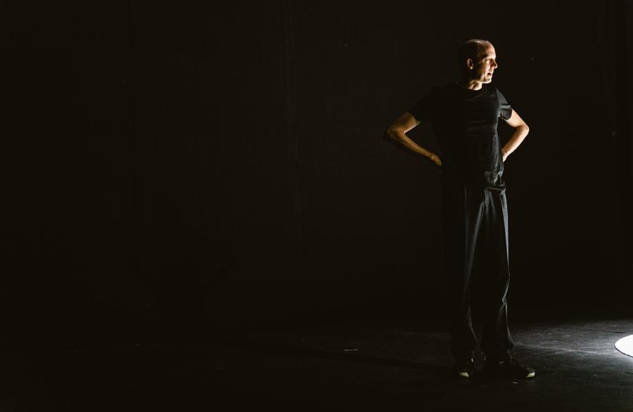 Just Asking - Peter Seynaeve & Oscar Van Rompay / NTGent - kunstencentrum nona © Michiel Devijver