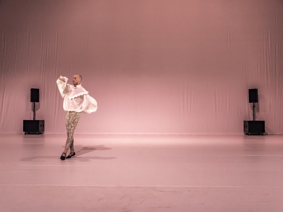 Elisabeth gets her way - Jan Martens/GRIP - kunstencentrum nona © Luis Xertu