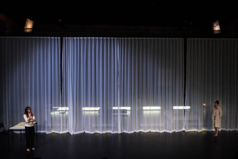 Infidèles - tg STAN & de Roovers - kunstencentrum nona © Stef Stessel
