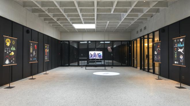 foyer gouden zaal tijdens Contour Biennale 9 - kunstencentrum nona