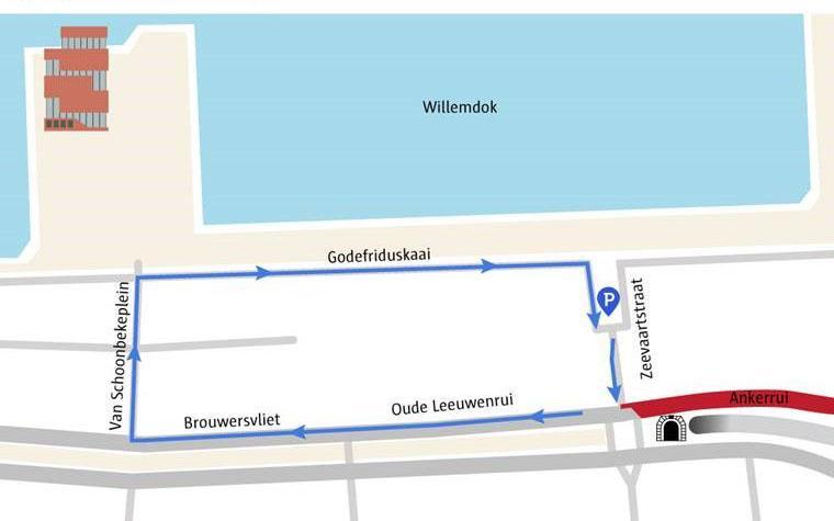 De Zeevaartstraat is bereikbaar via de Godefriduskaai