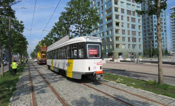 Proefrit tram 70 aan Kattendijkdok-Westkaai en Amsterdamstraat