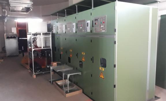 foto van een transformator in het tractiestation.
