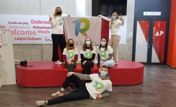 Laetitia Gregoir, Cloë Meylemans, Eva De Voeght, Louise Govaerts, Evelien Dillen en Mats Vanhouwenhuyse, studenten aan AP Hogeschool.