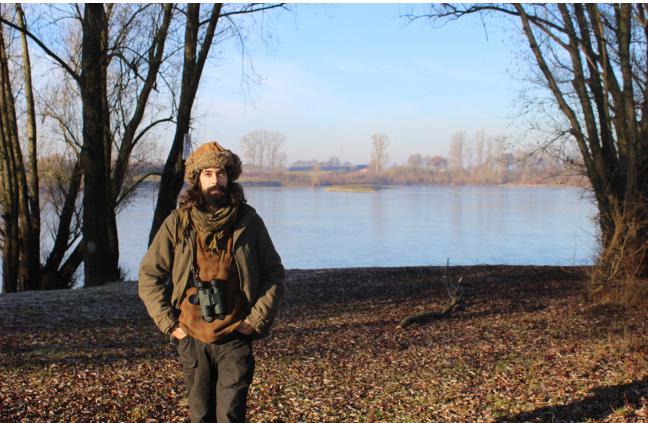 In het overloopgebied van de Maas in Eisden kwam Angelo Valkenborgh als kind al tot rust.