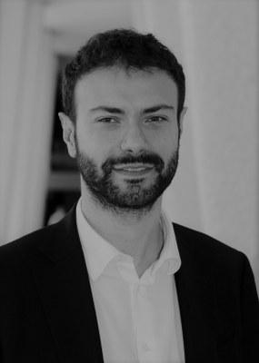 Portret Valerio De Stefano
