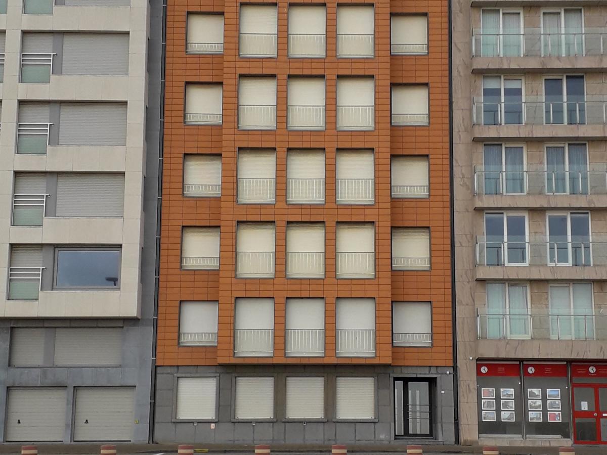 Appartementen dijk Duinbergen