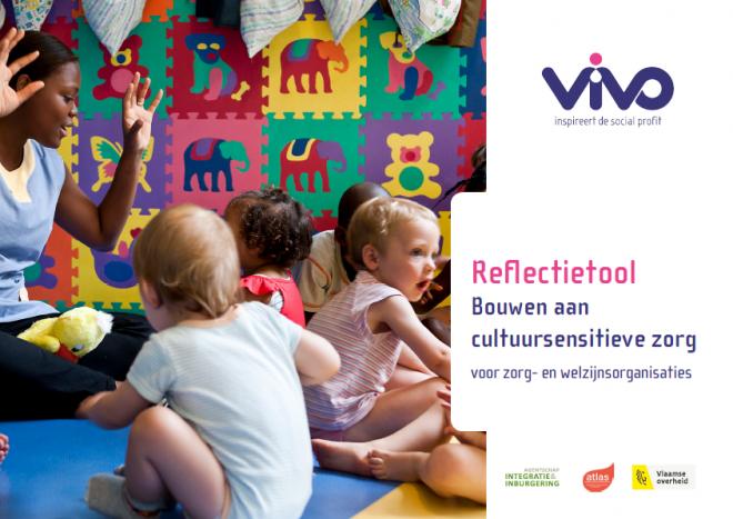 Cover van de Reflectietool Bouwen aan cultuursensitieve zorg