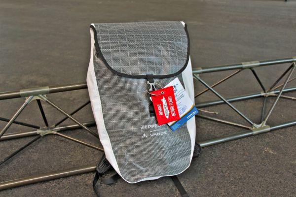 Zeppelin Upcycling-Rucksack von Vaude -Ein Stück Zeppelin für zu Hause- schwarz-weiß