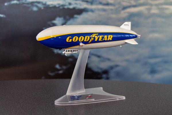 Zeppelin NT Modell 1:500 Goodyear von Herpa
