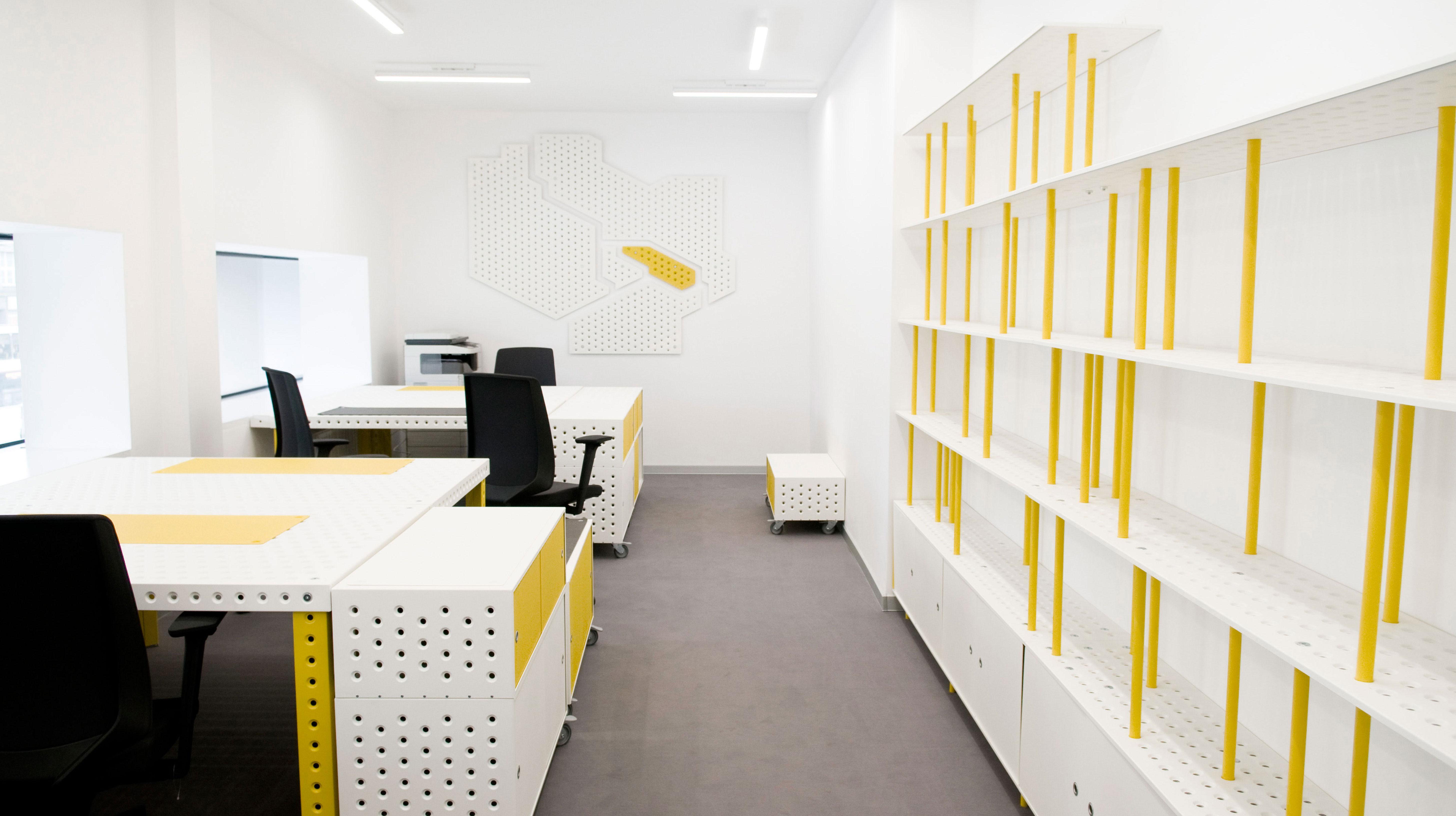 barbars_office