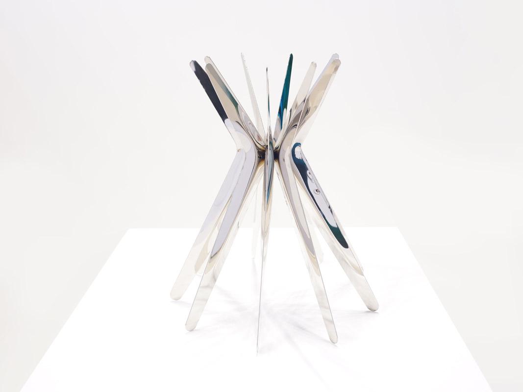 steelinrotation_sculpture
